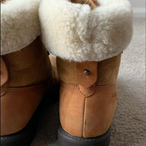 Rockport Shoes - ROCKPORT Shearling cuffed Leather ankle boots SZ 8